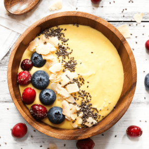 Coconut Mango Smoothie Bowl
