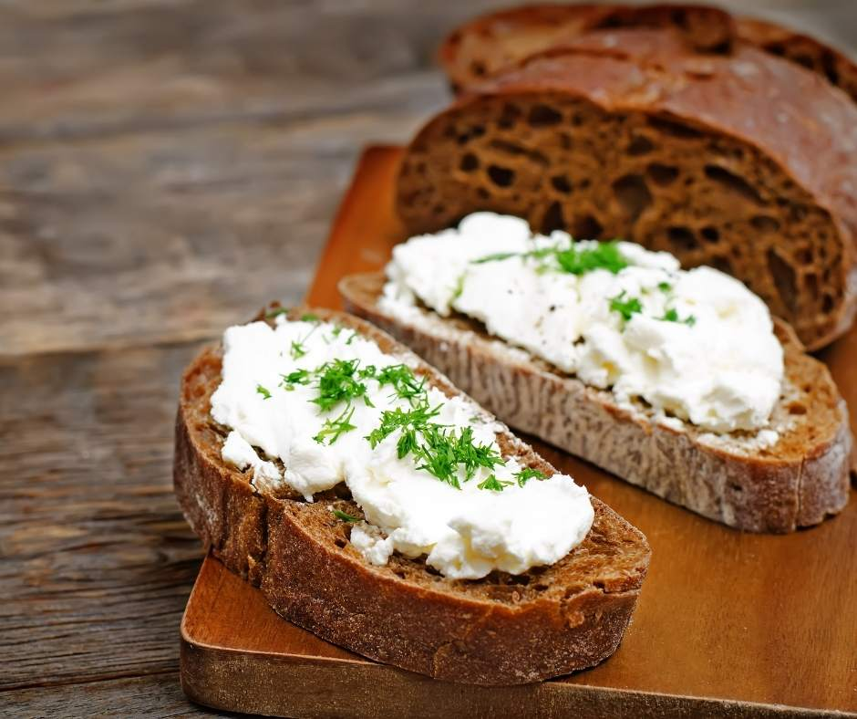The BEST Vegan Cream Cheese!