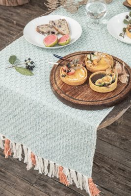 Zuahaza Diamond Naidi Blue Table Runner