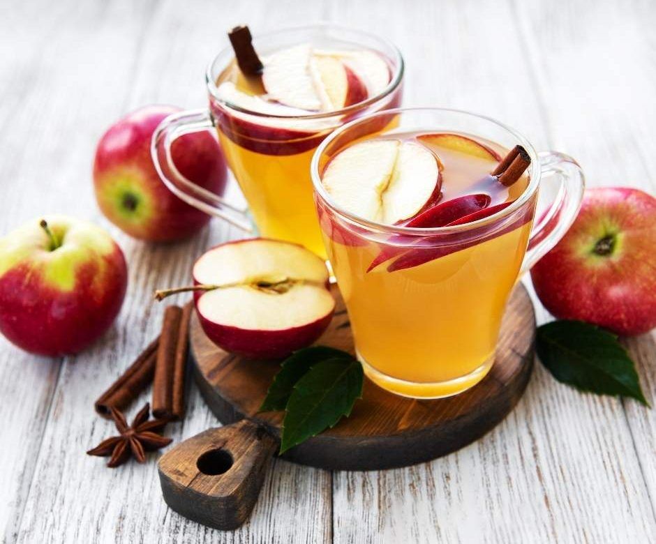 Homemade Vegan Apple Cider